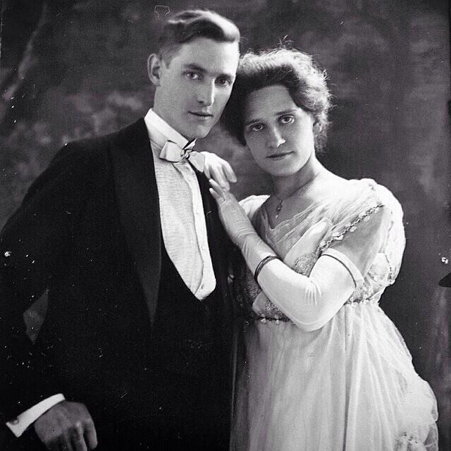 A Vintage Wedding Portrait from a Golden Era
