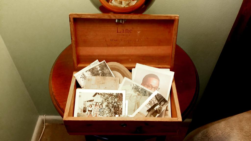 Why We Should Tell the Tales of our Old Family Photos
