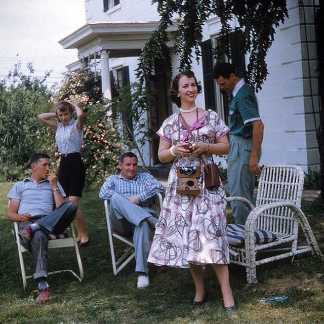 Family Photos Can Capture a Slice of Life and Honor Family History
