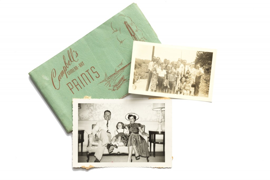 two-tech-tools-that-will-bring-your-faded-family-photos-back-to-their-former-glory-9