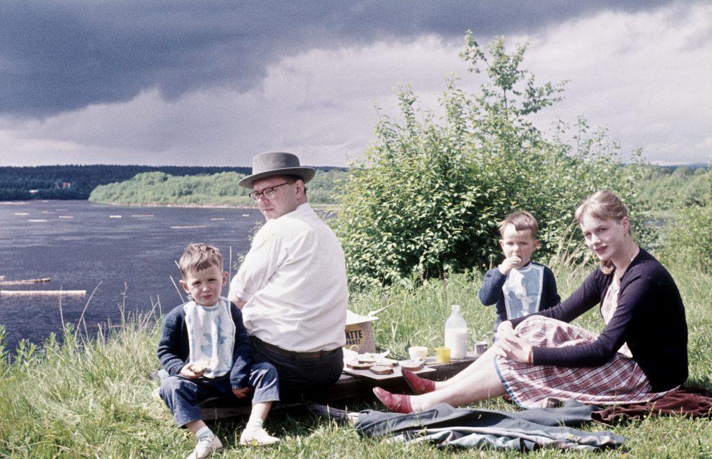 death-family-album-one-family-saving-private-memories-making-public